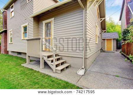 House With Small Deck