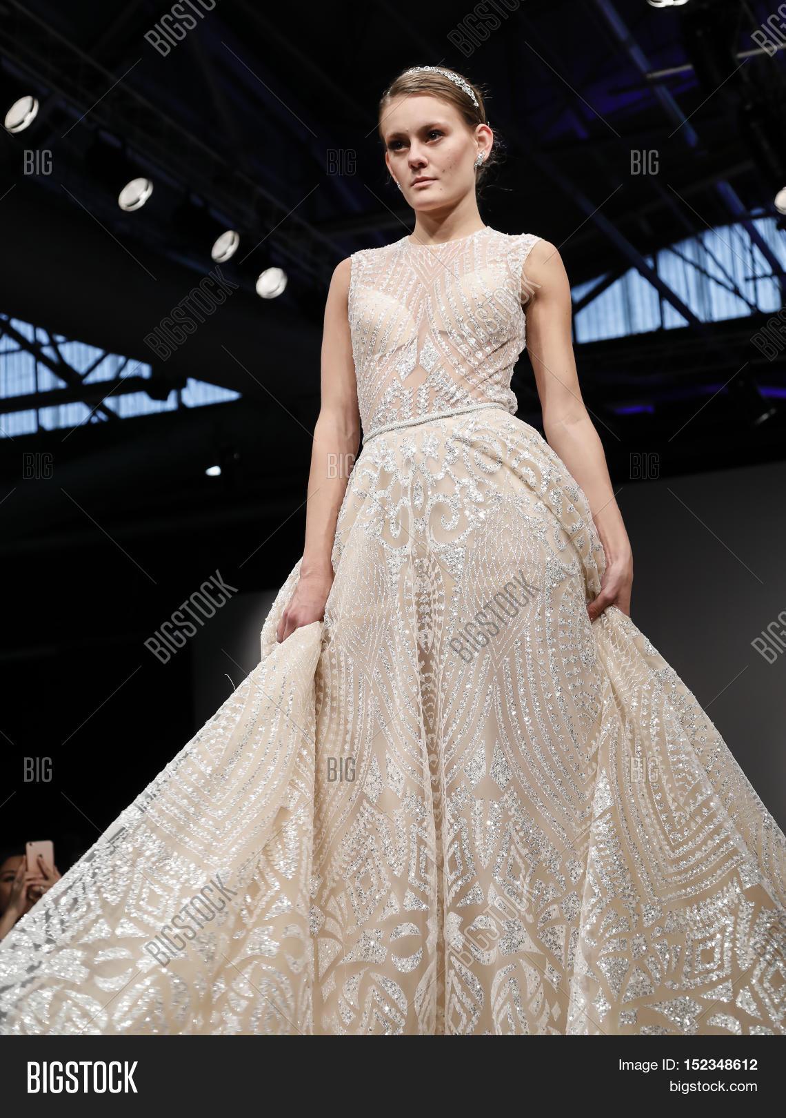 93125afa6ab The Rise of Israeli Wedding Dress Designers - Smashing the .