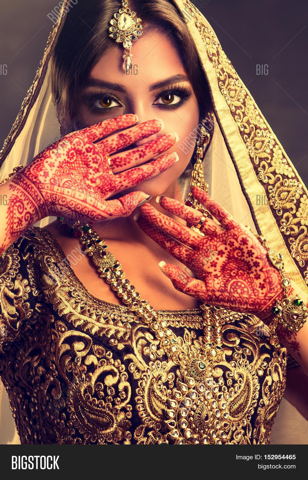 Hindu beautiful girl photo