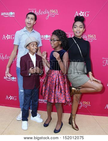 LOS ANGELES - OCT 10:  Marcus Scribner, Miles Brown, Marsai Martin and Yara Shahidi at the