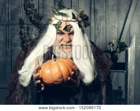 Wicked Sorcerer With Gourd