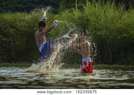 Thai boxing at the river, Muay Thai.