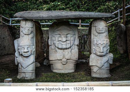 san augustin idols colombia south america inka civilization idols