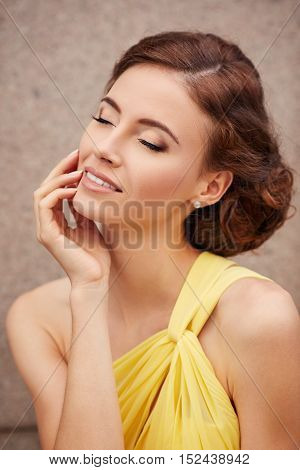 Outdoor Portrait Of Young Beautiful Woman Fashioutdoor Portrait Of Young Beautiful Woman Fashion Mod
