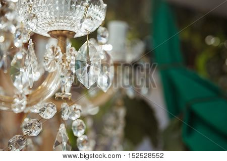 great crystal lustre close up wedding decoration