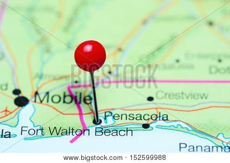 Fort Walton Beach pinned on a map of Florida, USA