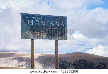 Welcome to Montana sign along the Beartooth Pass