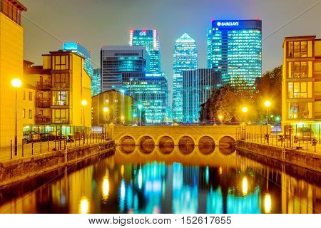 LONDON - OCTOBER 24: This is a residential area of modern flats within Canary wharf financial district you can see banking headquarters such as Barclays and Citi bank in the distance on October 24th 2016 in London