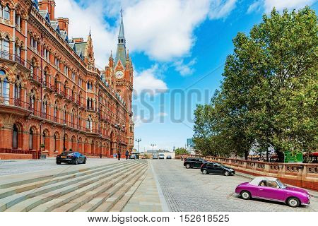 LONDON - AUGUST 22: This is the exterior of St Pancras railway station where people come to travel with the eurostar to other parts of europe on august 22nd 2016 in London