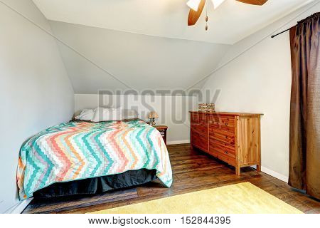 Small Simple Style Upstairs Bedroom