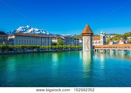 Historic City Center Of Lucerne With Famous Chapel Bridge And Lake Lucerne (vierwaldstattersee), Can