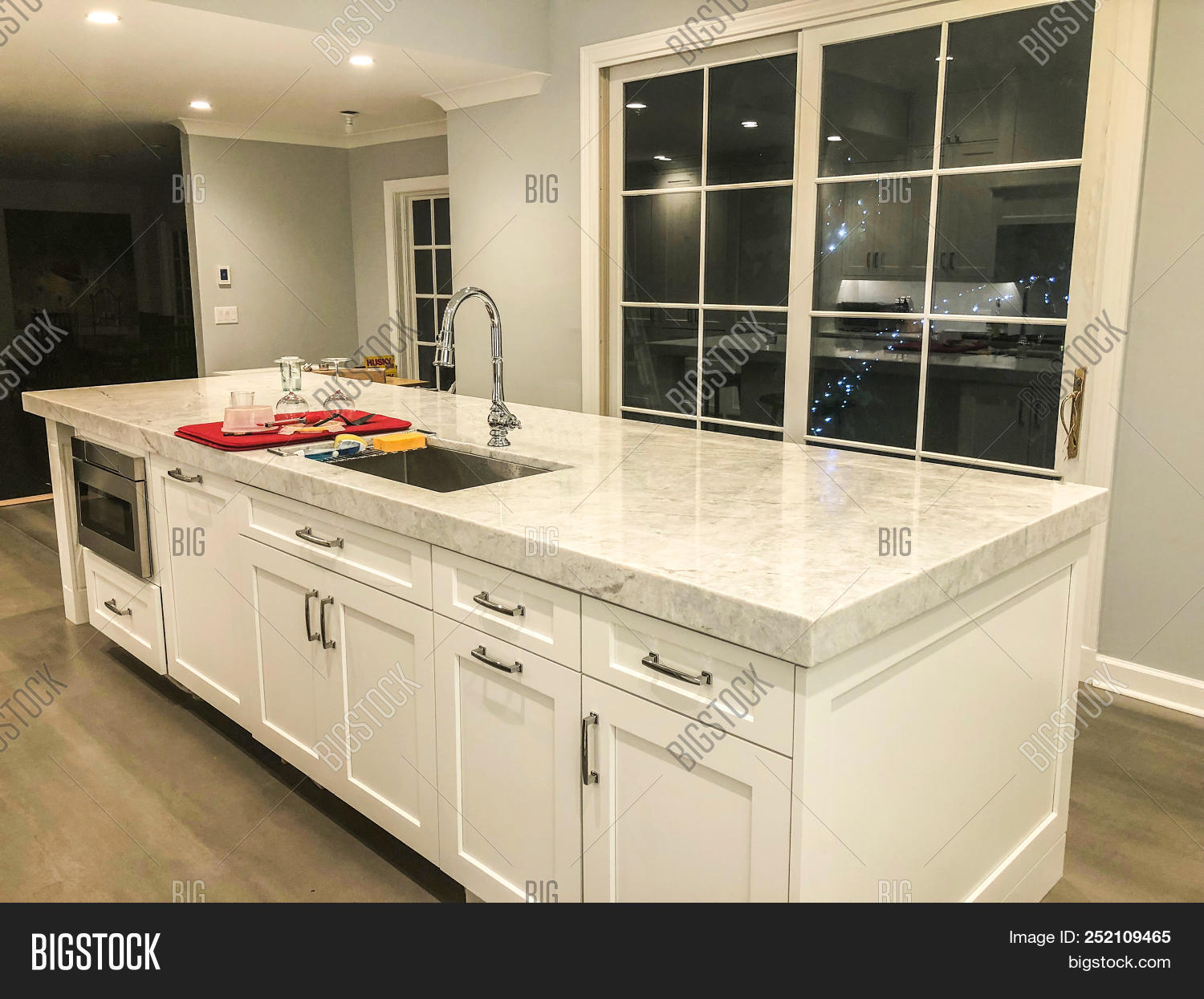 Kitchen Island White Image Photo
