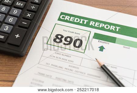 Credit Score Report Is Excellent Showing Good Debt History.