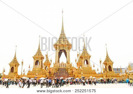 Bangkok, Thailand - November 04, 2017; Many People Of The Royal Crematorium For Hm The Late King Bhu