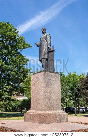 Russia, Saint-petersburg - June 16, 2018: Monument To A.s. Popov,  Physicist And Electrical Engineer