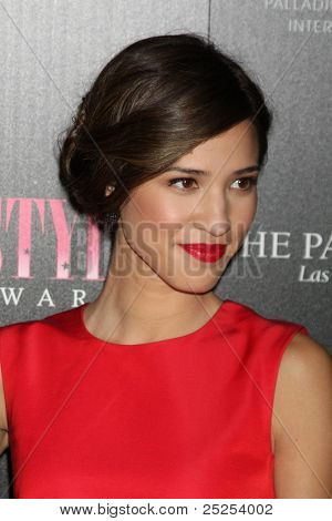 LOS ANGELES - NOV 13:  Kelsey Chow arrives at the 2011 Hollywood Style Awards at Smashbox Studios on November 13, 2011 in Los Angeles, CA