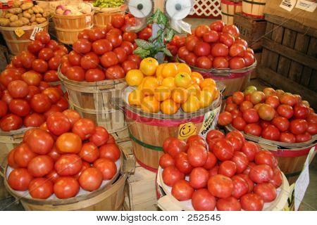 Farmers Market Fruits & Vegetables