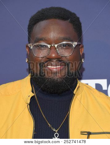 LOS ANGELES - AUG 02:  Lil Rel Howery arrives to the FOX Summer TCA 2018 All-Star Party  on August 2, 2018 in Hollywood, CA