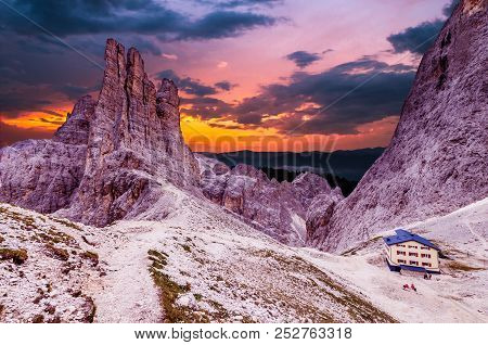 Torri Vajolet At Sunset In Rosengarten Catinaccio Massif. Beautiful View In Dolomites Mountains, Alt