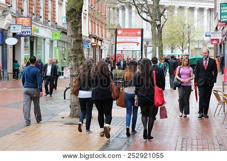 Birmingham, Uk - April 19, 2013: People Shop At New Street, Birmingham, Uk. Birmingham Is The Most P