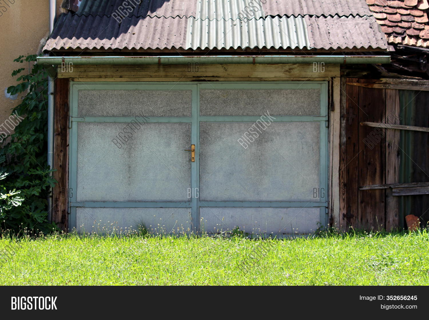 Double Elongated Large Image Photo Free Trial Bigstock