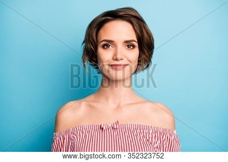 Close-up Portrait Of Her She Nice-looking Attractive Lovely Lovable Sweet Winsome Cheerful Content B
