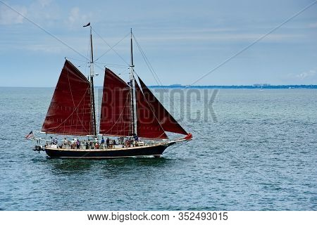 Cleveland, Oh - July 11, 2019: The Tall Ship Inland Seas, Sails On Lake Erie With The Eastern Shorli