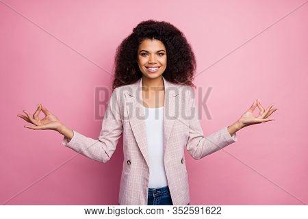 Photo Of Beautiful Dark Skin Business Lady Hold Fingers Om Position Think Mantra Meditating Work Pau