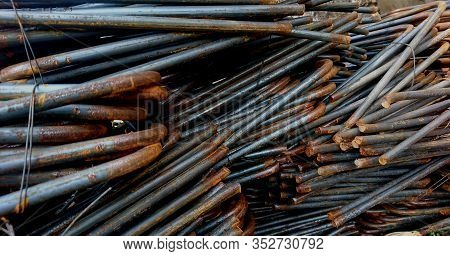 Iron Piles For Partially Rusty Building Materials, Partially Rusted Iron
