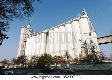 Granary Elevator In Podil In Kyiv
