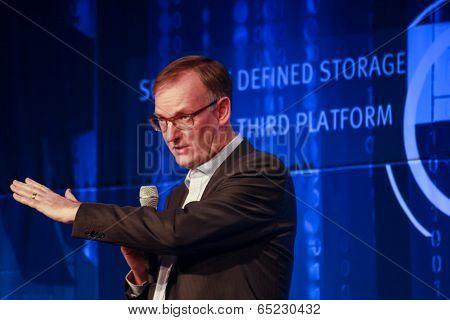 Las Vegas, Nv - May 5, 2014: Ceo Emc Information Infrastructure David Goulden Makes Speech At Emc Wo