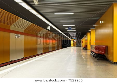 The Subway - Station