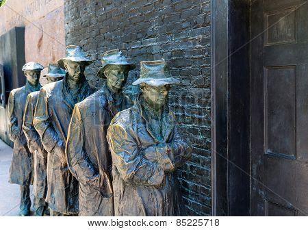 Franklin Delano Roosevelt Memorial in Washington Great Depression sculpture