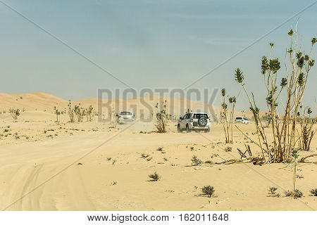 Jeeps traditional Safari Dune Bashing with tourists Oman Ubar in Desert Rub al Khali 6