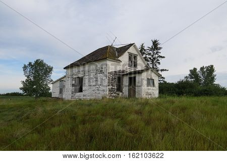 Photography: Old ghost towns and abandoned buildings all over the province. Saskatchewan, Canada.