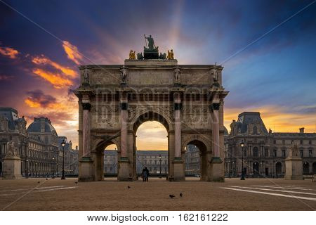 Arc de Triomphe at the Place du Carrousel in Paris at sunrise
