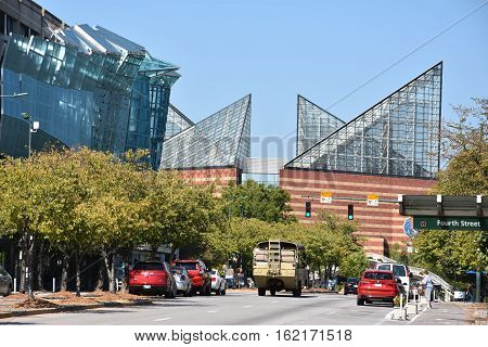CHATTANOOGA, TN - OCT 5: Tennessee Aquarium in Chattanooga, as seen on Oct 5, 2016. It opened in 1992 on the banks of the Tennessee River in downtown Chattanooga, with a major expansion added in 2005.