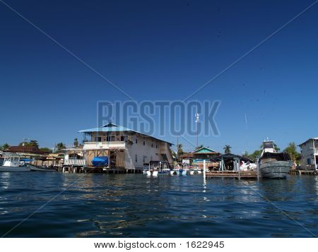 Colonial House On Water