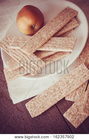 wheat crisps with honey; healthy cooking food