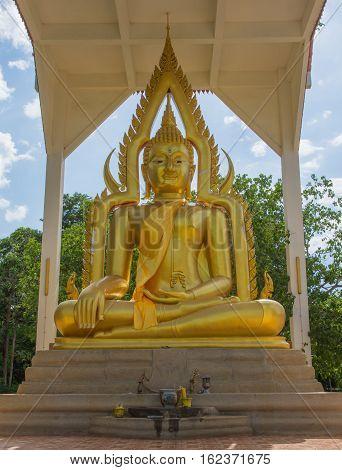 Big golden bhudda at Wat Nong Pluak Temple, Kanchanaburi Province, Thailand.