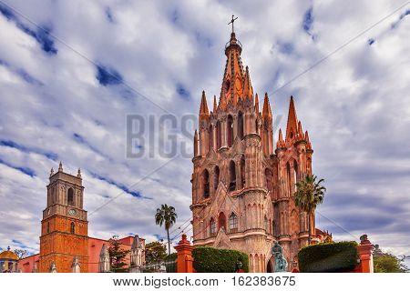 Parroquia Archangel church Jardin Town Square San Miguel de Allende Mexico. Parroaguia created in 1600s.