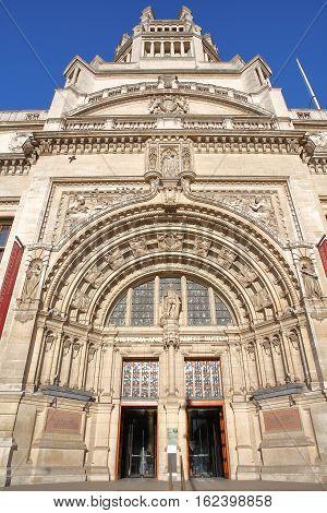 LONDON, UK - NOVEMBER 28, 2016: The main entrance of Victoria and Albert Museum in South Kensington