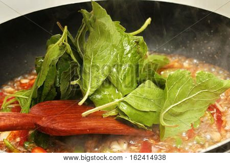Cooking  Stir - Fried Crab With Chili And Basil Leaf.