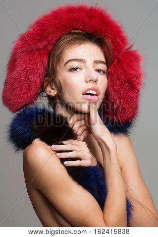Pretty Girl Wears Fur Stole