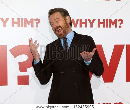 LOS ANGELES - DEC 17:  Bryan Cranston at the