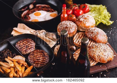 Components For Juicy Homemade Burger