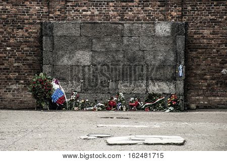Block 10 execution wall at concentration camp Auschwitz Birkenau KZ Poland 2