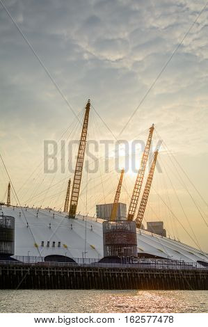 London, United Kingdom - August 17: Vertical View Of The O2 Arena And Canary Wharf On August 17, 201