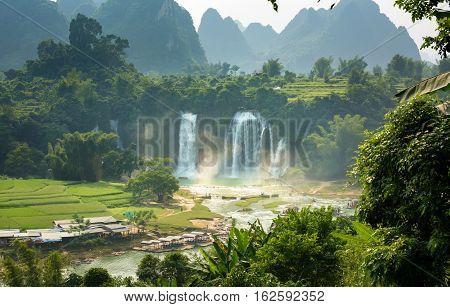 Detian Waterfalls In Guangxi Province China