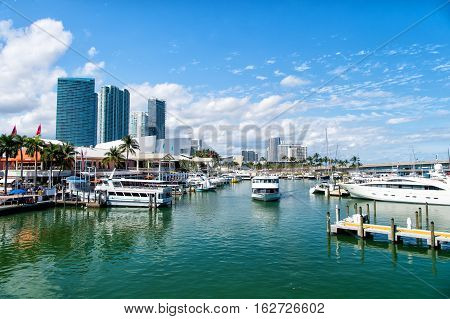 City Harbor Or Port